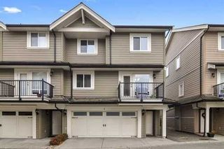 Photo 1: 3 3268 156A STREET in South Surrey White Rock: Home for sale : MLS®# R2520028