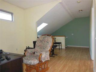 "Photo 10: 2 20841 DEWDNEY TRUNK Road in Maple Ridge: Northwest Maple Ridge Townhouse for sale in ""KITCHLER STATION"" : MLS®# V1060321"