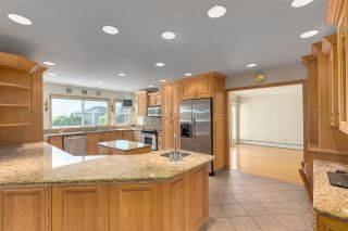 """Photo 12: 14528 SATURNA Drive: White Rock House for sale in """"Upper West White Rock"""" (South Surrey White Rock)  : MLS®# R2483571"""