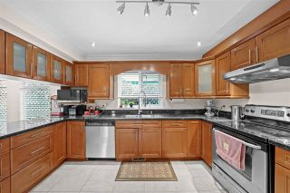 Photo 9: 1872 WESTVIEW Drive in North Vancouver: Central Lonsdale House for sale : MLS®# R2563990