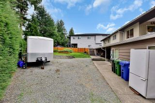 Photo 2: 33250 RAVINE Avenue in Abbotsford: Central Abbotsford House for sale : MLS®# R2617476
