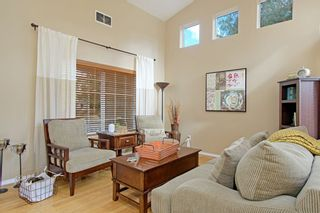 Photo 4: OCEANSIDE House for sale : 4 bedrooms : 3349 RICEWOOD