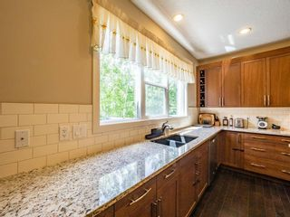 Photo 11: 159 ST MORITZ Drive SW in Calgary: Springbank Hill Detached for sale : MLS®# A1116300