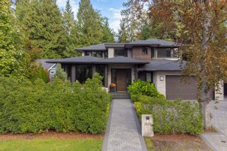 Photo 2: 3850 HILLCREST Avenue in North Vancouver: Edgemont House for sale : MLS®# R2621492