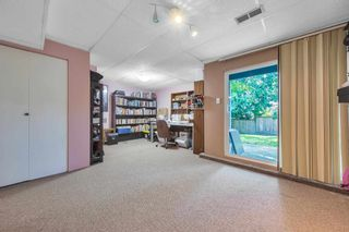 """Photo 30: 464 LEHMAN Place in Port Moody: North Shore Pt Moody Townhouse for sale in """"EAGLEPOINT"""" : MLS®# R2604397"""