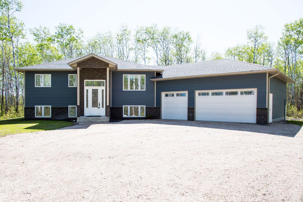 Main Photo: 7 Riviera Drive in Ste Anne: Paradise Village House for sale (R06)  : MLS®# 1914009