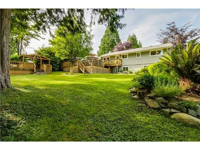 """Photo 12: Photos: 1361 E 15TH Street in North Vancouver: Westlynn House for sale in """"WESTLYNN"""" : MLS®# V1129244"""