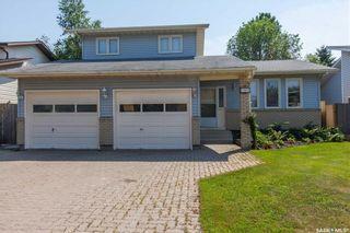 Photo 1: 127 Brunst Crescent in Saskatoon: Erindale Residential for sale : MLS®# SK703751