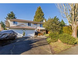 "Photo 1: 6217 172 Street in Surrey: Cloverdale BC House for sale in ""West Cloverdale"" (Cloverdale)  : MLS®# R2534723"