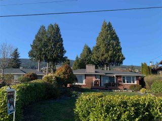 Main Photo: 2255 JEFFERSON Avenue in West Vancouver: Dundarave House for sale : MLS®# R2556587