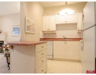 """Photo 5: 203 5475 201ST Street in Langley: Langley City Condo for sale in """"HERITAGE PARK"""" : MLS®# F2826835"""
