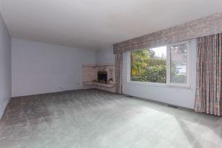 Photo 6: 4931 CEDAR Crescent in Delta: Pebble Hill House for sale (Tsawwassen)  : MLS®# R2243407