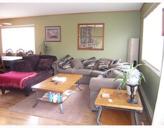 """Photo 3: 25 41450 GOVERNMENT Road: Brackendale Townhouse for sale in """"EAGLE VIEW PLACE"""" (Squamish)  : MLS®# V756865"""