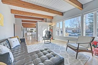 Photo 10: 6531 LARKSPUR Way SW in Calgary: North Glenmore Park House for sale : MLS®# C4149093