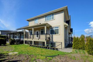 """Photo 19: 23996 121 Avenue in Maple Ridge: East Central House for sale in """"ACADEMY COURT"""" : MLS®# R2354447"""