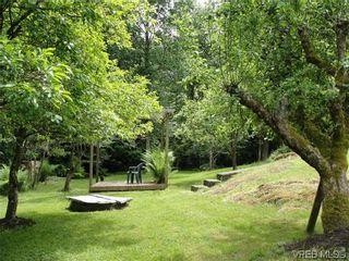 Photo 12: 100 Goward Rd in VICTORIA: SW Prospect Lake House for sale (Saanich West)  : MLS®# 608302