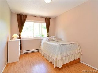 Photo 11: 561B Acland Ave in VICTORIA: Co Wishart North Half Duplex for sale (Colwood)  : MLS®# 642319