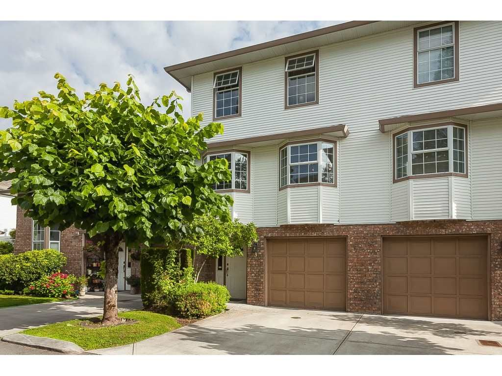Main Photo: 3 10045 154 STREET in Surrey: Guildford Townhouse for sale (North Surrey)  : MLS®# R2472990
