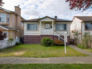 Photo 4: 3232 NAPIER Street in Vancouver: Renfrew VE House for sale (Vancouver East)  : MLS®# R2072671