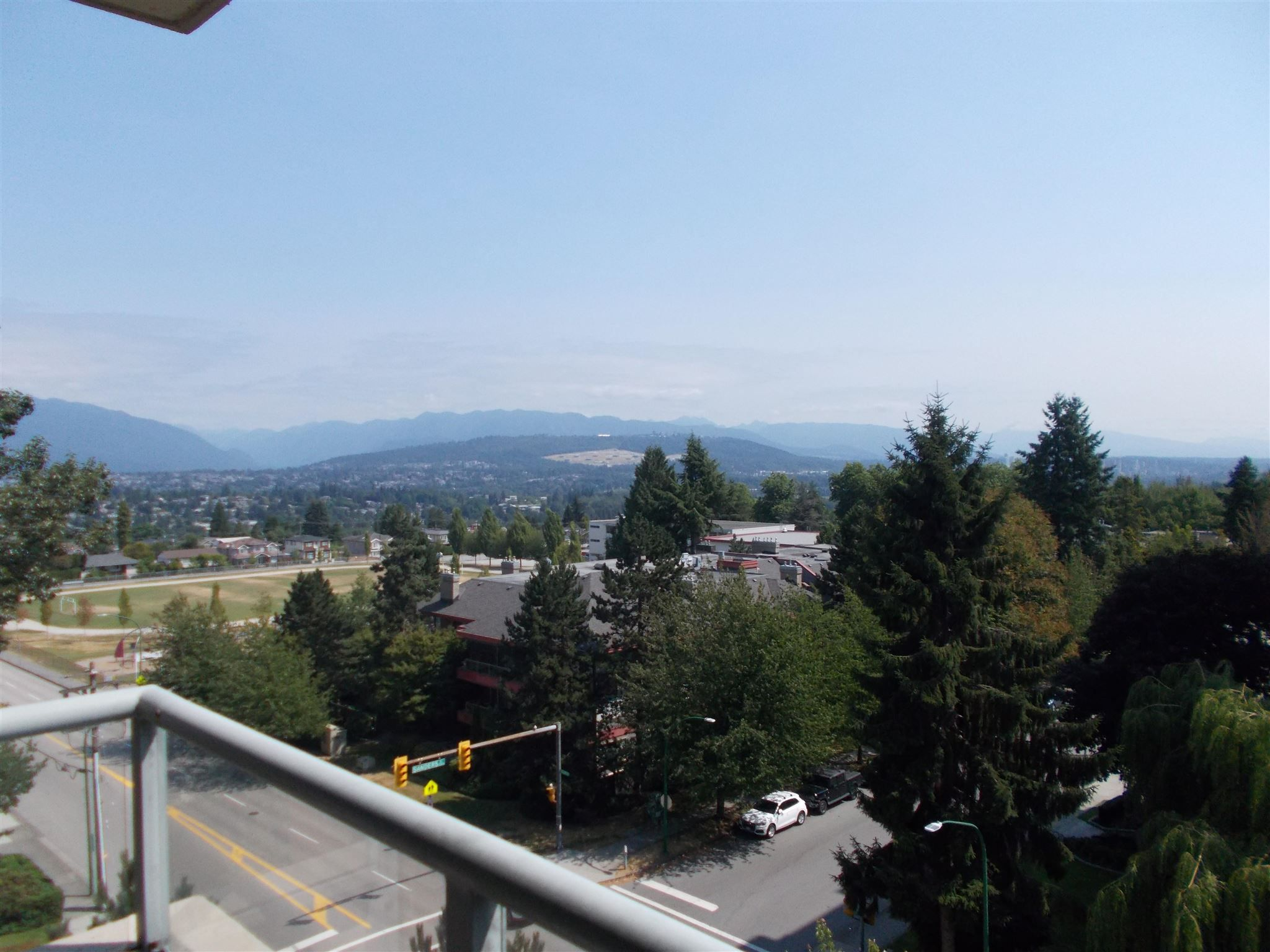 """Main Photo: 806 4888 HAZEL Street in Burnaby: Forest Glen BS Condo for sale in """"The Newmark"""" (Burnaby South)  : MLS®# R2600573"""