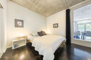 """Photo 15: 207 919 STATION Street in Vancouver: Mount Pleasant VE Condo for sale in """"Left Bank"""" (Vancouver East)  : MLS®# R2275486"""