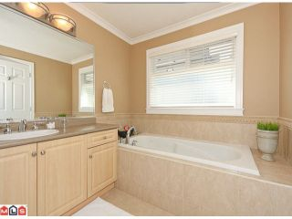 Photo 9: 15338 28A Avenue in Surrey: King George Corridor House for sale (South Surrey White Rock)  : MLS®# F1021612