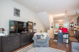 """Photo 4: 21 19538 BISHOPS REACH in Pitt Meadows: South Meadows Townhouse for sale in """"Turnstone"""" : MLS®# R2617957"""
