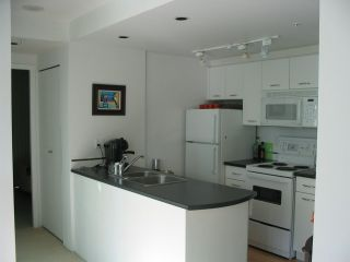"""Photo 7: 509 1331 W GEORGIA Street in Vancouver: Coal Harbour Condo for sale in """"THE POINTE"""" (Vancouver West)  : MLS®# R2431907"""