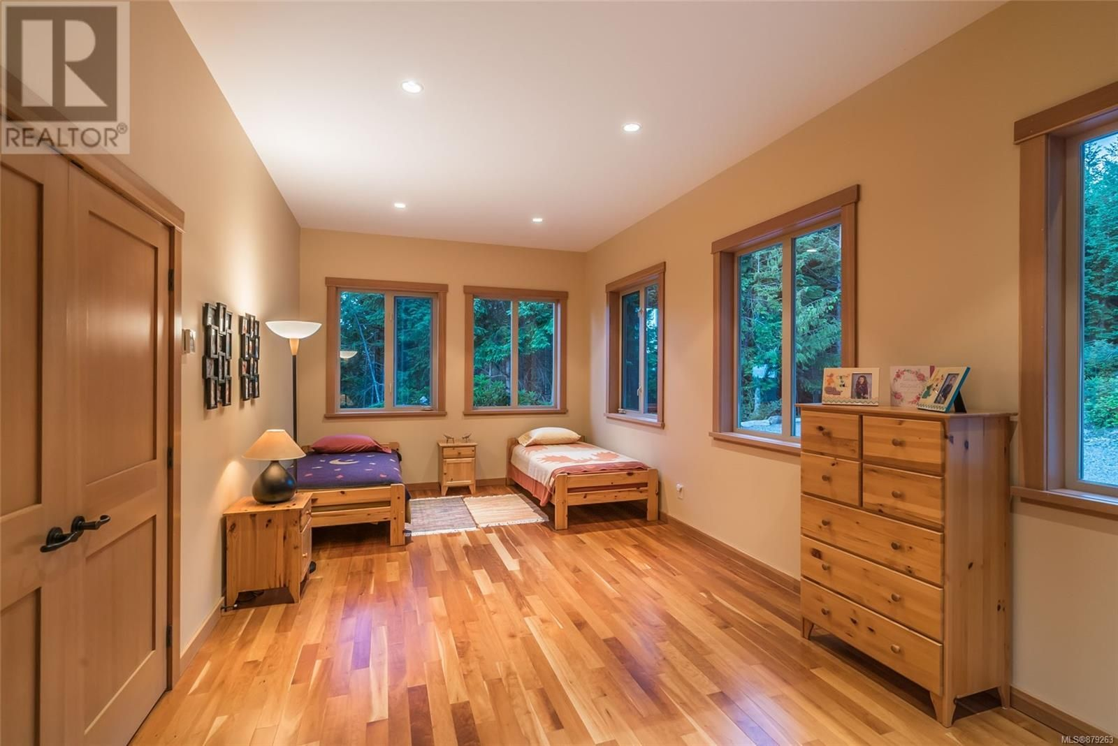 Photo 25: Photos: 825 Duthie Ave in Gabriola Island: House for sale : MLS®# 879263