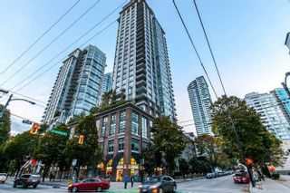 """Photo 1: 504 535 SMITHE Street in Vancouver: Downtown VW Condo for sale in """"THE DOLCE"""" (Vancouver West)  : MLS®# R2116050"""