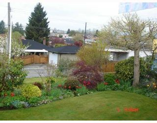 Photo 2: 4605 FAIRLAWN Drive in Burnaby: Brentwood Park House for sale (Burnaby North)  : MLS®# V721457