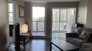 """Photo 7: 1105 1199 SEYMOUR Street in Vancouver: Downtown VW Condo for sale in """"BRAVA"""" (Vancouver West)  : MLS®# R2535900"""