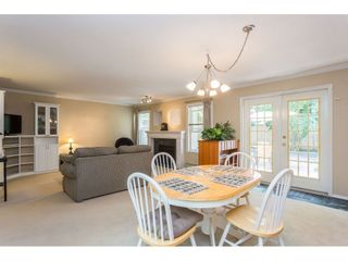 """Photo 3: 10 4855 57 Street in Delta: Hawthorne Townhouse for sale in """"WILLOW LANE"""" (Ladner)  : MLS®# R2395167"""