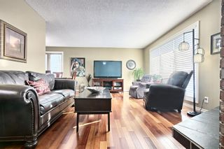 Photo 5: 308 Silver Springs Rise NW in Calgary: Silver Springs Detached for sale : MLS®# A1087704