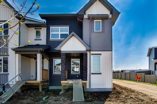 Photo 1: 6629 47 Avenue: Beaumont Attached Home for sale : MLS®# E4248668