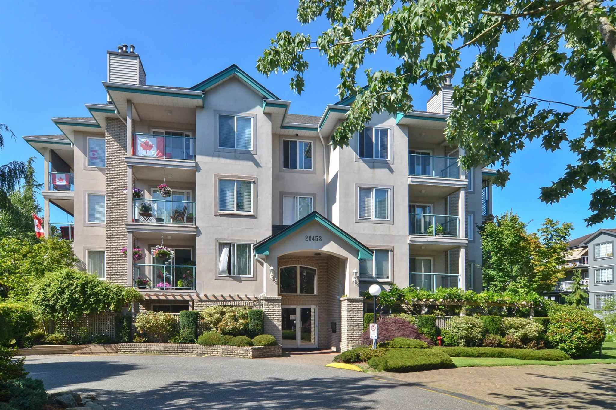 """Main Photo: 208 20453 53 Avenue in Langley: Langley City Condo for sale in """"Countryside Estates"""" : MLS®# R2600890"""