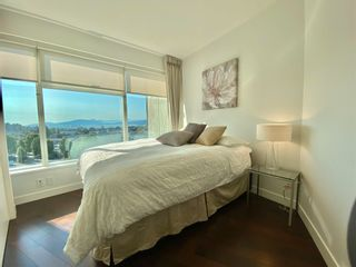 """Photo 5: 1102 1565 W 6TH Avenue in Vancouver: False Creek Condo for sale in """"6TH & FIR"""" (Vancouver West)  : MLS®# R2602181"""