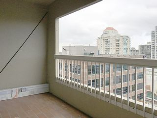 """Photo 7: 905 615 BELMONT Street in New Westminster: Uptown NW Condo for sale in """"BELMONT TOWERS"""" : MLS®# R2200623"""