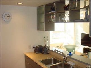 """Photo 2: 2210 928 BEATTY Street in Vancouver: Downtown VW Condo for sale in """"MAX"""" (Vancouver West)  : MLS®# V854398"""