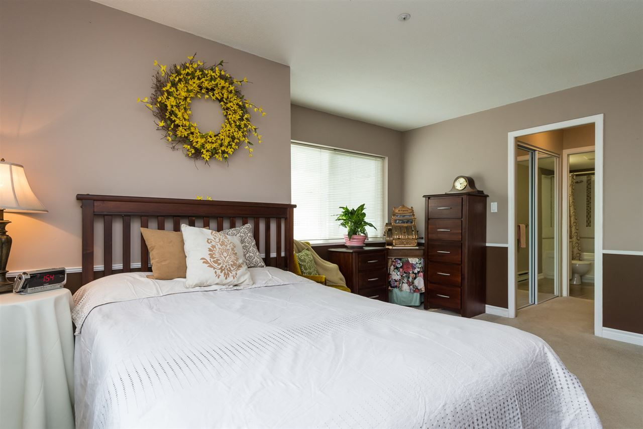 """Photo 13: Photos: 201 15130 29A Avenue in Surrey: King George Corridor Condo for sale in """"The Sands"""" (South Surrey White Rock)  : MLS®# R2161626"""