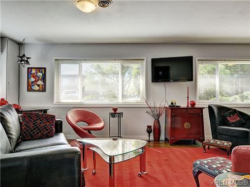 Photo 17: Photos: 770 Claremont Avenue in VICTORIA: SE Cordova Bay Residential for sale (Saanich East)  : MLS®# 318618