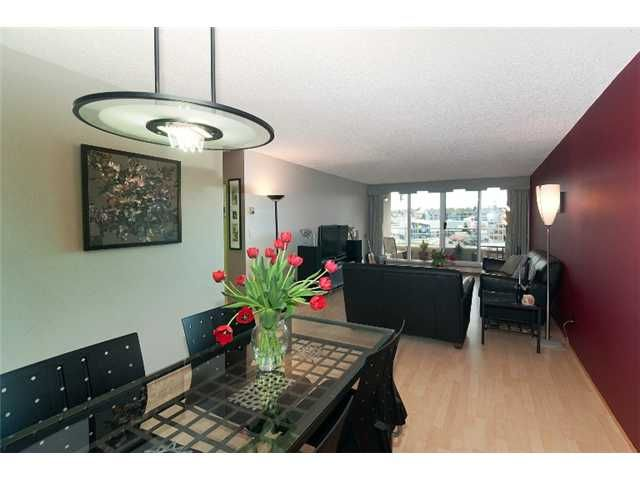 """Main Photo: 908 522 MOBERLY Road in Vancouver: False Creek Condo for sale in """"DISCOVERY QUAY"""" (Vancouver West)  : MLS®# V884819"""