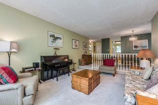 Photo 5: 3358 MANNING Crescent in North Vancouver: Roche Point House for sale : MLS®# R2618966