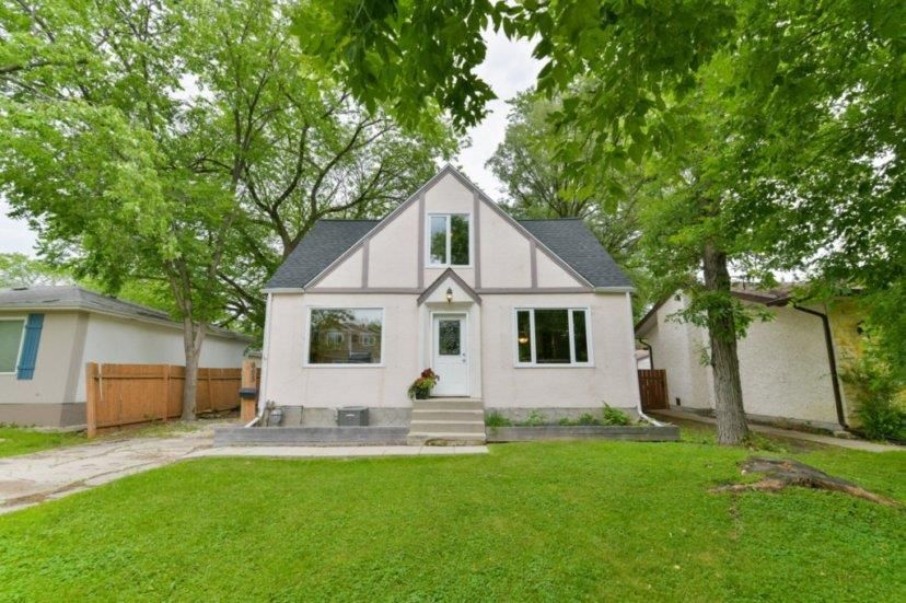 Main Photo: 605 Silverstone Avenue in Winnipeg: Fort Richmond Residential for sale (1K)  : MLS®# 202016502