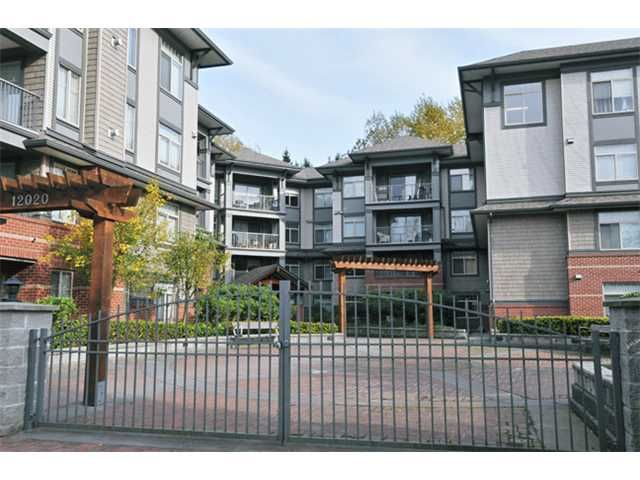 "Main Photo: 301 12020 207A Street in Maple Ridge: Northwest Maple Ridge Condo for sale in ""WESTBROOK"" : MLS®# V917594"