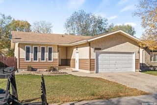 Main Photo: 1214 Devonshire Drive North in Regina: Lakewood Residential for sale : MLS®# SK872116
