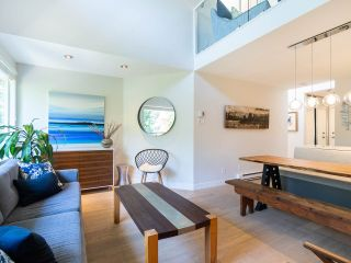 Photo 3: 412 1345 COMOX STREET in Vancouver: West End VW Condo for sale (Vancouver West)  : MLS®# R2286410