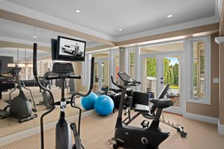 """Photo 33: 14342 SUNSET Drive: White Rock House for sale in """"White Rock Beach"""" (South Surrey White Rock)  : MLS®# R2590689"""