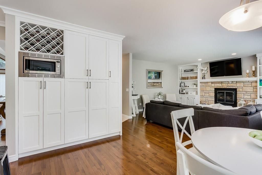 Photo 11: Photos: 115 SIERRA MORENA Circle SW in Calgary: Signal Hill Detached for sale : MLS®# C4299539
