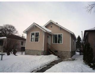 Photo 1: 927 CALROSSIE Boulevard in WINNIPEG: Fort Garry / Whyte Ridge / St Norbert Residential for sale (South Winnipeg)  : MLS®# 2904684